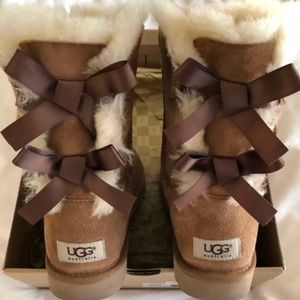 Authentic New UGG's Chestnut Bailey Bow
